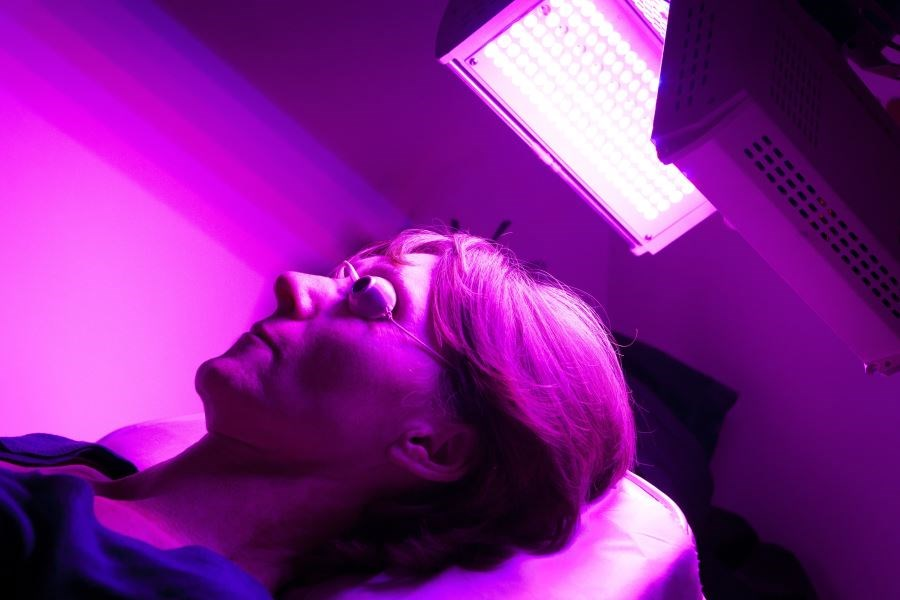 Seeing the Light: Dermatologists Weigh In on Light Therapy for Acne