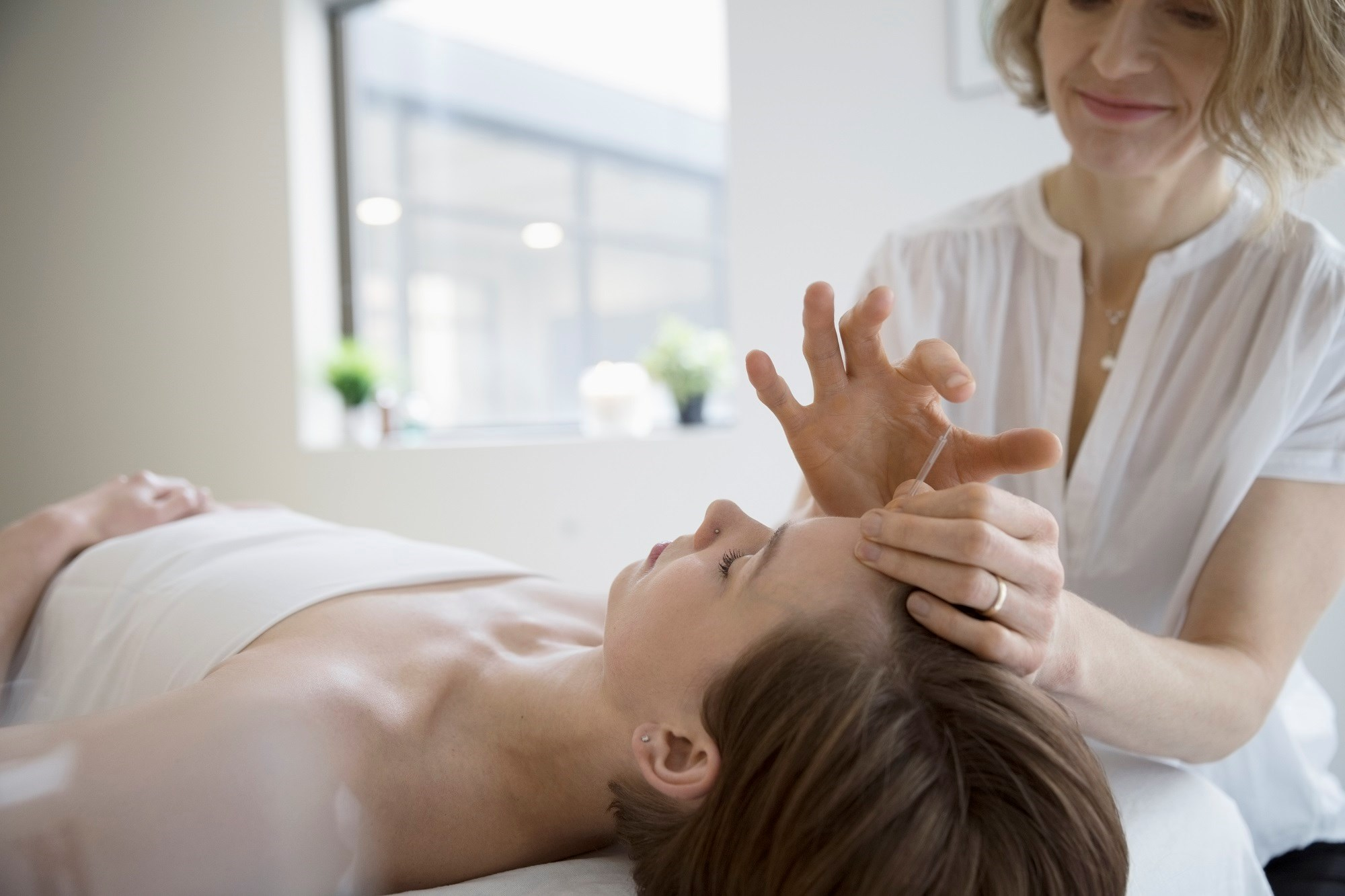 Complementary Medicine Use Ups Refusal of Usual Cancer Therapy