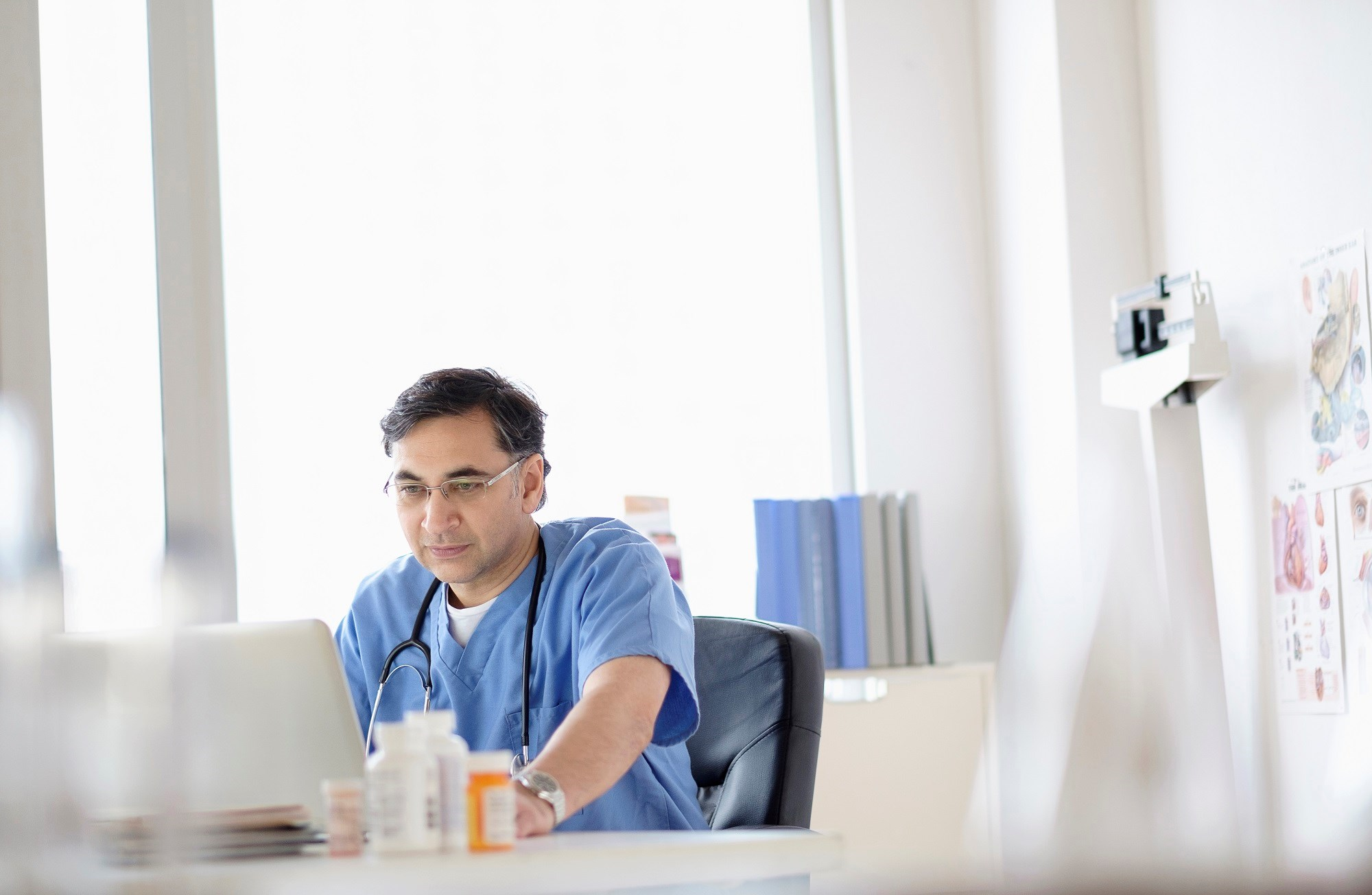 Implementing EMRs Affects Time Spent With Patients in Clinic