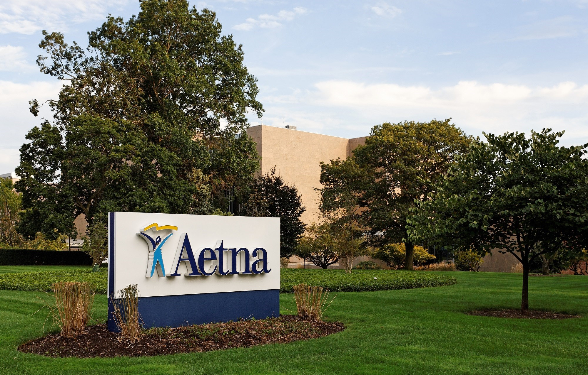 A $69 billion merger between health insurer Aetna and pharmacy manager CVS Health has been approved.